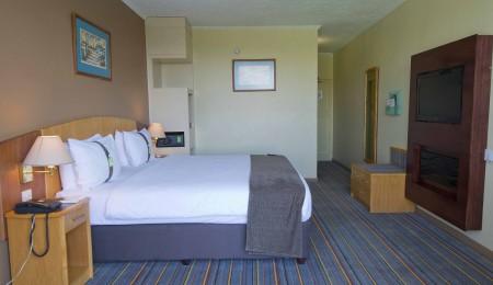 Holiday Inn Bulawayo – Bulawayo, Zimbabwe  – 2 nights